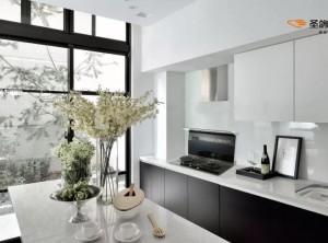 圣鸽集成灶厨房整体装修图,与家人静享厨房舒适时光