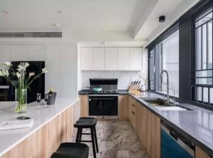开放式厨房装修配高端的集成灶装修图
