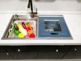 洗碗后还要手动去除残渣+清洗机器?是时候用雅士林水槽洗碗机了