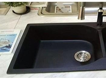 石英石水槽好擦洗吗?到底石英石好还是不锈钢好