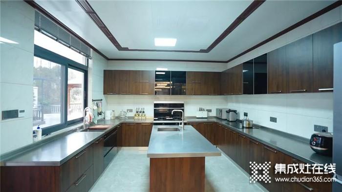 别再说理想厨房太难实现了!看完安装森歌的家,谁都忍不住心动!