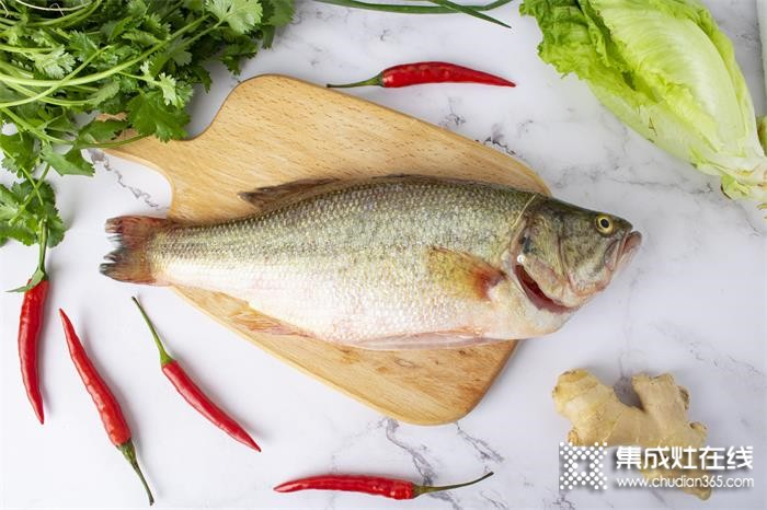 用潮邦蒸烤王者K7zk(f)做出来的清蒸鲈鱼就是一个字,香!