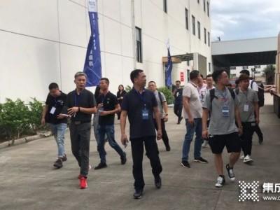 温州客户团队参观玉立集成灶工厂